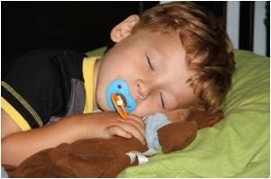Early Bedtime for Preschoolers Cut Obesity Risk Later in Life