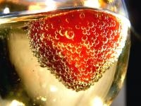 Strawberries Protect Stomach from Alcohol Damage