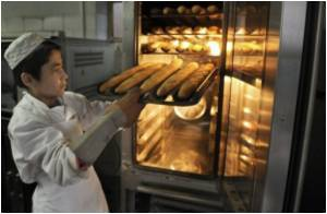 Exposure To Flour Dust Makes Bakery Workers Vulnerable To Respiratory Diseases