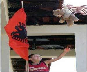 Albanians Use Teddy Bears to Ward Off 'evil Eye'