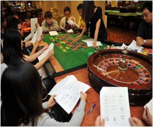 Report Says Asia to Overtake US in Gaming Market by 2013
