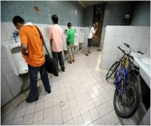Volunteers Bang Drums To Halt Peeing In Public