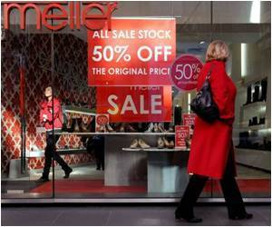 Study Says Shopaholics Overspend Due to Poor Credit Management And For Enhancement Of Mood