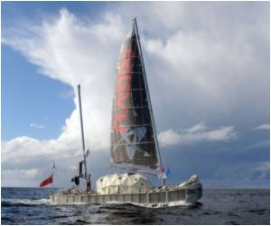 'Plastiki' Bottle Ship Successfully Does Epic Pacific Voyage