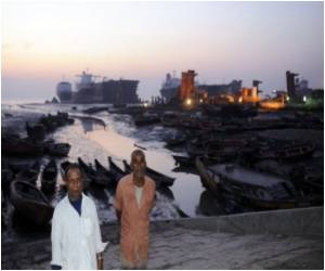 Ship-Breaking Exposes Bangladesh to Environmental Threat
