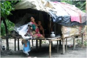 Bangladesh's River Gypsies Forced Onto Dry Land