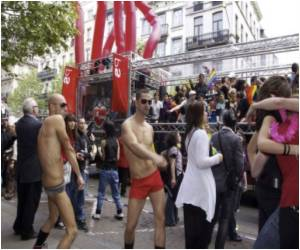 35,000 Take Part in Brussels' Gay Pride Parade