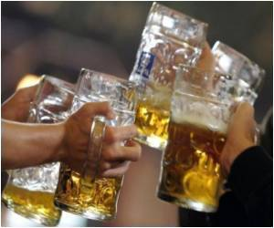 Female University Students Get Drunk in Record Time