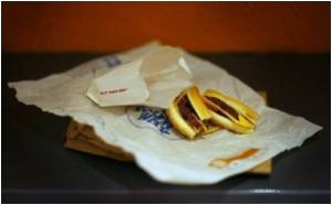 Government Trust Urges Students to Stop Eating Fast Food