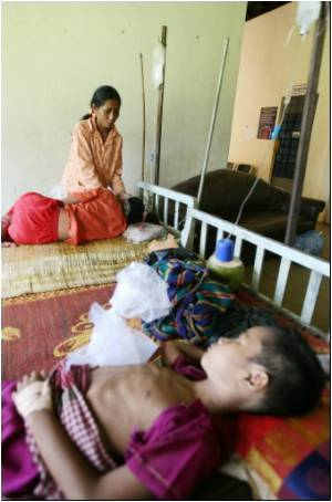 Dengue Deaths Sweeping Cambodia Highlight Healthcare Failures