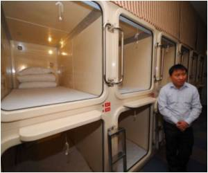 China Follows Japan in the 'Capsule Hotel' Model