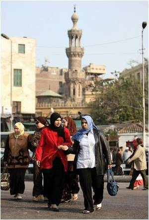 Poll Finds 50% of Egyptian Women Harassed Daily