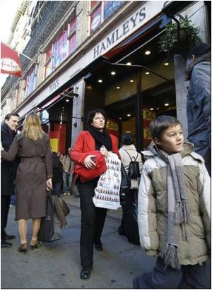 British toy seller Hamleys pulls products in lead scare