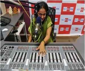World's First Plant-powered FM Radio