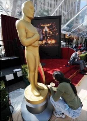 Colin Firth and Natalie Portman Win Oscars