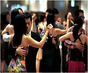 Conscientious Men Likelier to Floor Women on Dance Floor