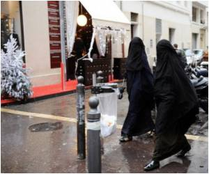 Ban on Full Islamic Veil in Public Spaces Coming in France