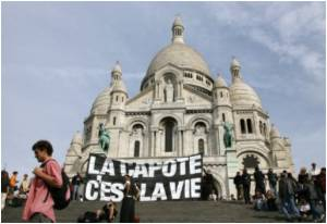 AIDS Support Group In Paris Protests Against Pope's Visit