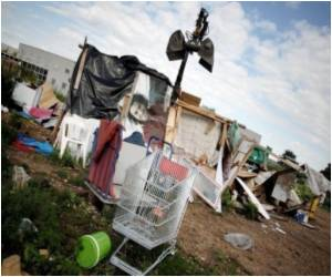 France Takes a Tough Stand on Gypsy Camps