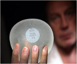 France Denies Cancer Risk, But Recommends Removal of Breast Implants