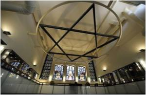 Synagogue is Good for Health, Finds Researcher