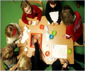 Pay Before Singing, German Kindergartens Told