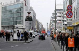 McDonald's Plans New Outlet at Berlin's Checkpoint Charlie