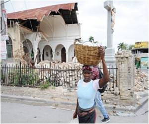 Malaria Threatens Haiti Refugees, Aid Workers
