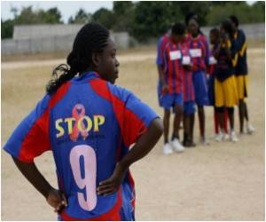 HIV-positive Women Fall Back on Football for Relief from Harsh Realities