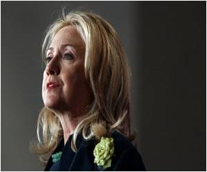AIDS-Free Generation is US Priority: Clinton