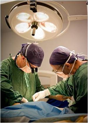 Hysterectomy Via Keyhole Surgery is Less Complicated: Study