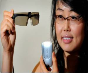 First Ever Global Electronic Specs to Make Tedious Bifocals History