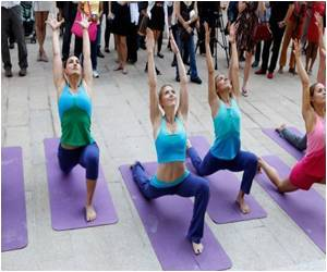 Yoga Gives Boost to Brain