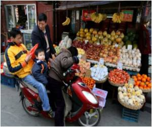 Shanghai Halts Sale of 'Toxic' Oranges