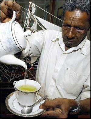 Tea Drinkers at High Risk of Developing Arthritis: Study