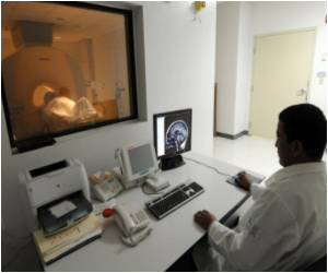 Radiation Therapy Effective Against AIDS-related Head and Neck Cancer