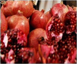 Drink 500ml Pomegranate Juice to Reduce Stress at Workplace