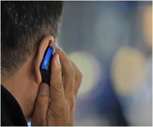 Cell Phones may Not Cause Cancer in Kids