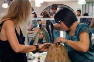 Study Says Hair Extensions Causing Young Women to Lose Hair