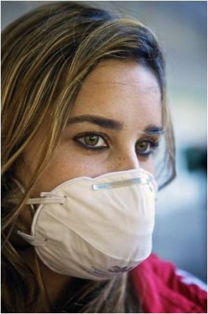 Novel Method for Early Detection of Contagious Outbreaks