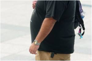Expert Says Obese Americans May Be Pushed Toward Unhealthy Decisions