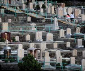 Too Busy to Visit A Grave? If You're in Hong Kong, Pay Your Respects Online!
