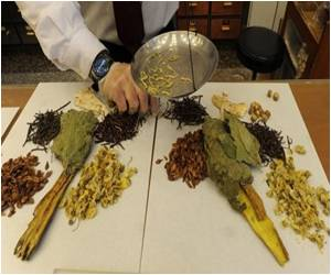 Chinese Herbal Medicine May Prevent And Treat Alzheimer's