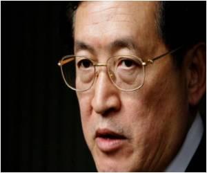 Hong Kong Health Chief Tells Lawmakers to Start Exercising