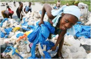 Plastic Bags Spawn Cottage Industry in Ivory Coast