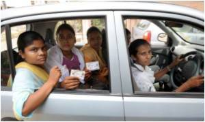 Delhi Slum Women Hail a Taxi to Equality