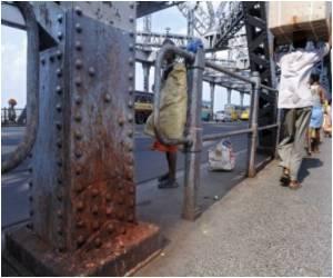 Kolkata's Howrah Bridge is Facing an Unusual Threat