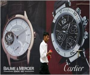 Brand-smitten Indians Boost Luxury Sector