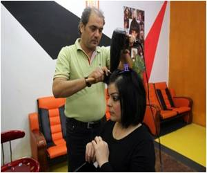 In Iraq, Beauty Becomes Latest, Peaceful, Target