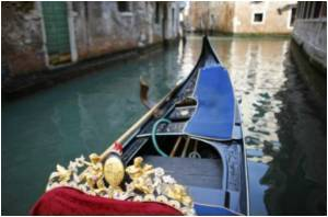 'Tourist Ticket' Supported by Venice Mayor